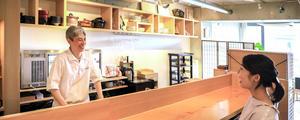 「 ワインとお酒と和心料理Takasaki 」上質な大人の空間に馴染む、家具をお届けいたしました。