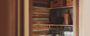 不要になったスノコを使って、高さを可変できる収納棚をDIY!