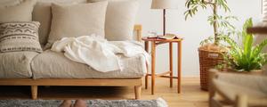 大人気のAGRAソファーと相性ぴったり!おすすめのサイドテーブルをご紹介いたします。